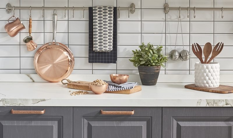 Keeping your kitchen organized can actually turn into part of your decorating aesthetic.